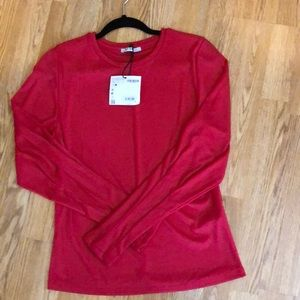 Red ribbed large long sleeve shirt